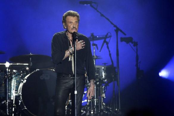 Johnny Hallyday, atteint d'un cancer du poumon, est dans un état très préoccupant
