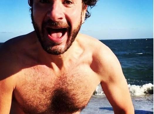 Jake Gyllenhaal, Mark Wahlberg, Baptiste Giabiconi : ces torses qui réchauffent notre hiver !