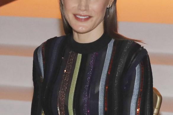 Letizia d'Espagne s'encanaille en Nina Ricci (photos)