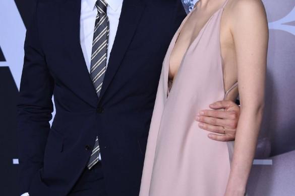 Dakota Johnson très hot ! La star de 50 Nuances plus sombres sort le grand jeu (Photos)