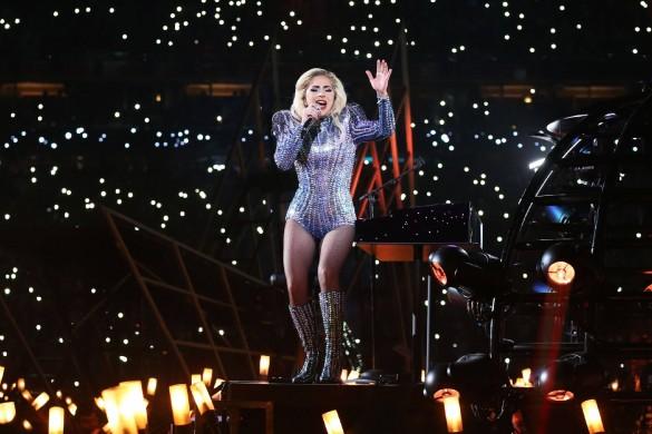 Lady Gaga a retrouvé l'amour : elle sort avec son agent