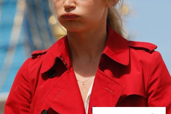Ryan Gosling, Faustine Bollaert, Virginie Efira… Ces cadeaux qu'ils auraient préférés ne jamais recevoir