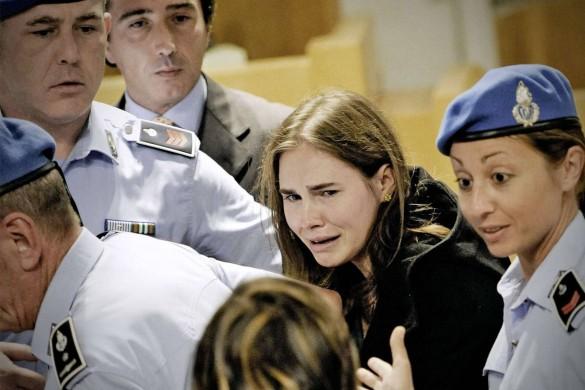 Amanda Knox : «La police a dit que j'étais amnésique, mais que j'avais assisté au crime»