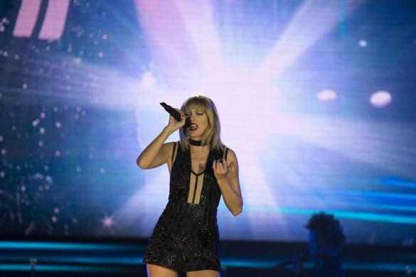 Taylor Swift a passé une soirée entière à éviter Katy Perry et John Mayer !