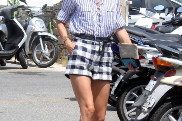 Il fallait oser ! Olivia Palermo dévoile sa poitrine sous un top entièrement transparent (photos)