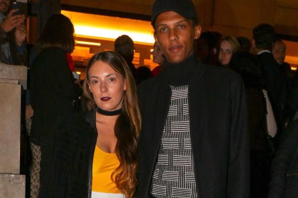 Stromae et sa femme Coralie Barbier complices au défilé Kenzo (photos)